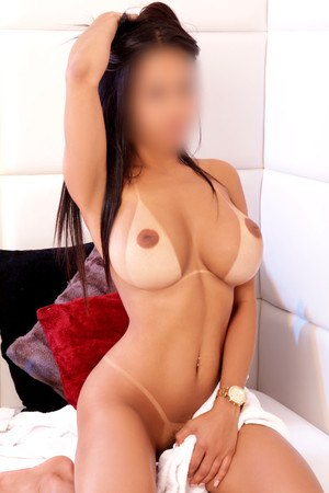Amanda brazilian escort in Barcelona